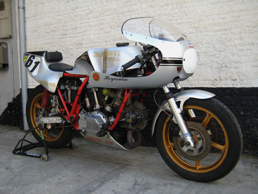1980 ducati race bike For Sale (picture 2 of 3)