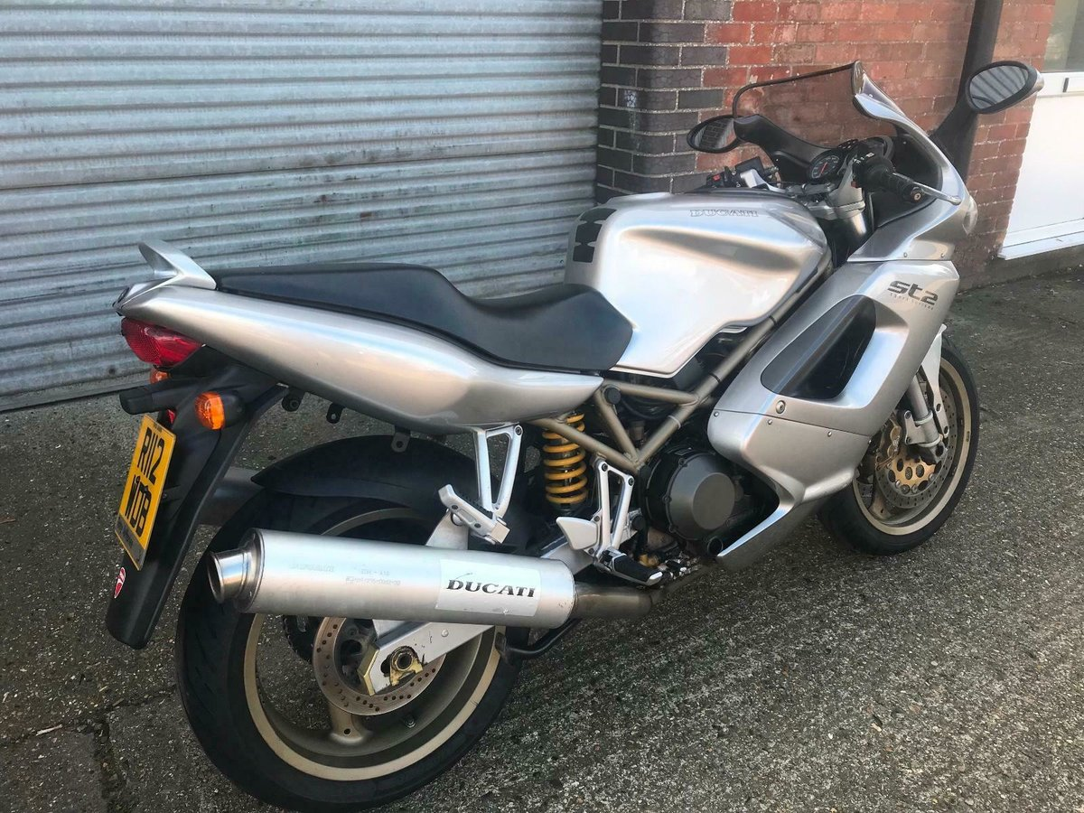 1997 Ducati st2 944cc touring very early bike  For Sale (picture 2 of 6)