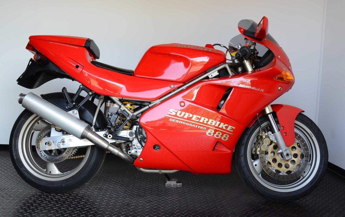 1993 Ducati 888 Strada For Sale (picture 1 of 10)