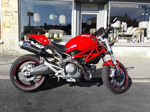 2014 Ducati Monster M696 low miles many extras