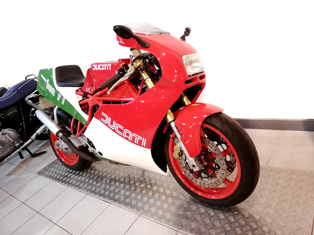 1990 Ducati TT900 FI Replica Special For Sale (picture 2 of 6)