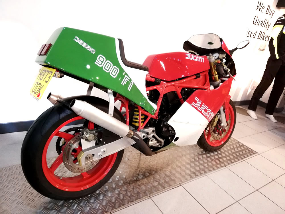 1990 Ducati TT900 FI Replica Special For Sale (picture 3 of 6)