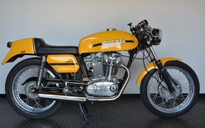 1973 Ducati 450 Desmo fantasic or nearly perfec