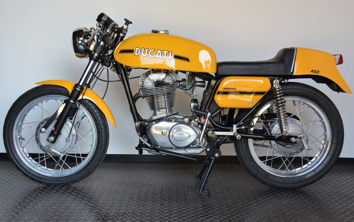 1973 Ducati 450 Desmo fantasic or nearly perfec For Sale (picture 2 of 10)