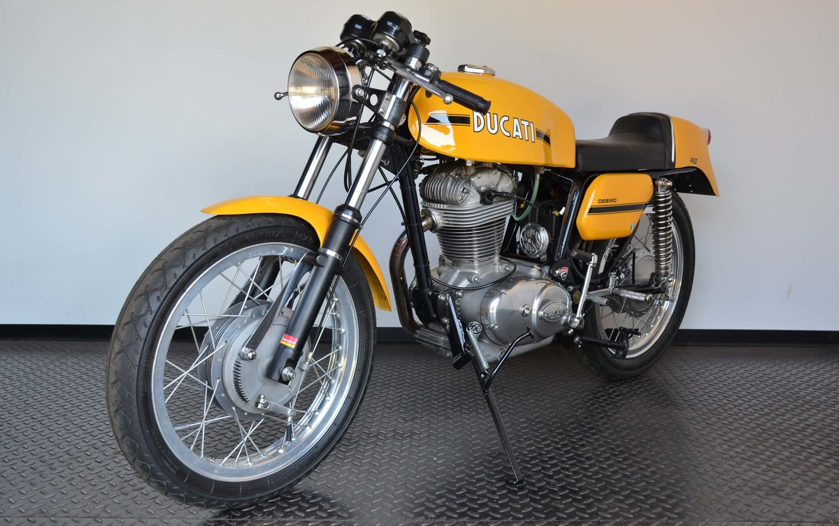 1973 Ducati 450 Desmo fantasic or nearly perfec For Sale (picture 7 of 10)