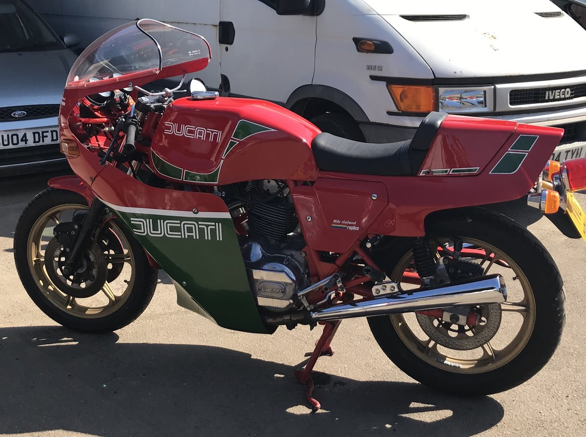 1983 Ducati 900 MHR Mike Hailwood Replica For Sale (picture 3 of 6)