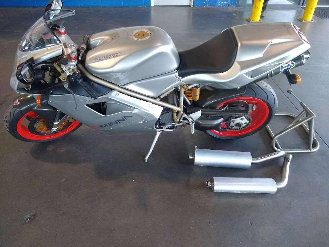 1997 Ducati 916 Senna II NO 260 for auction For Sale by Auction (picture 5 of 6)