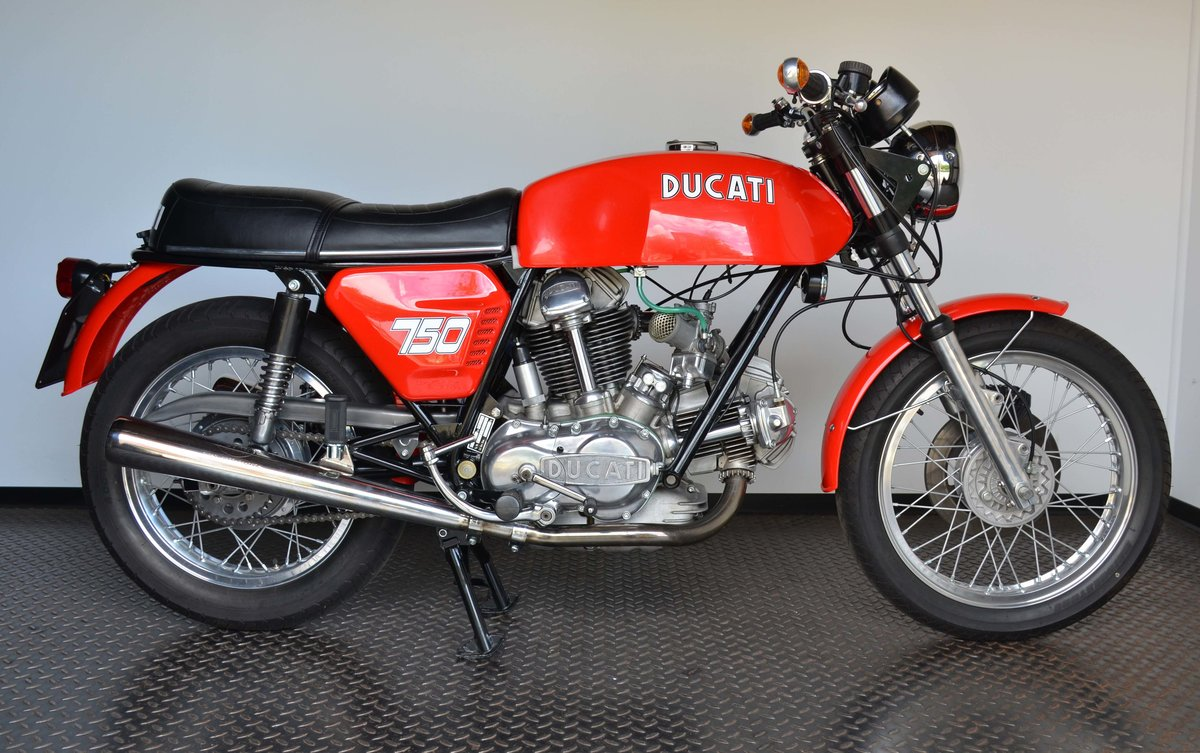 1974 DUCATI • 750 GT For Sale (picture 1 of 10)