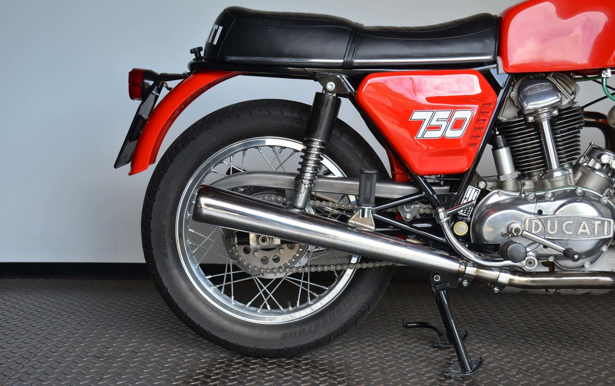 1974 DUCATI • 750 GT For Sale (picture 4 of 10)