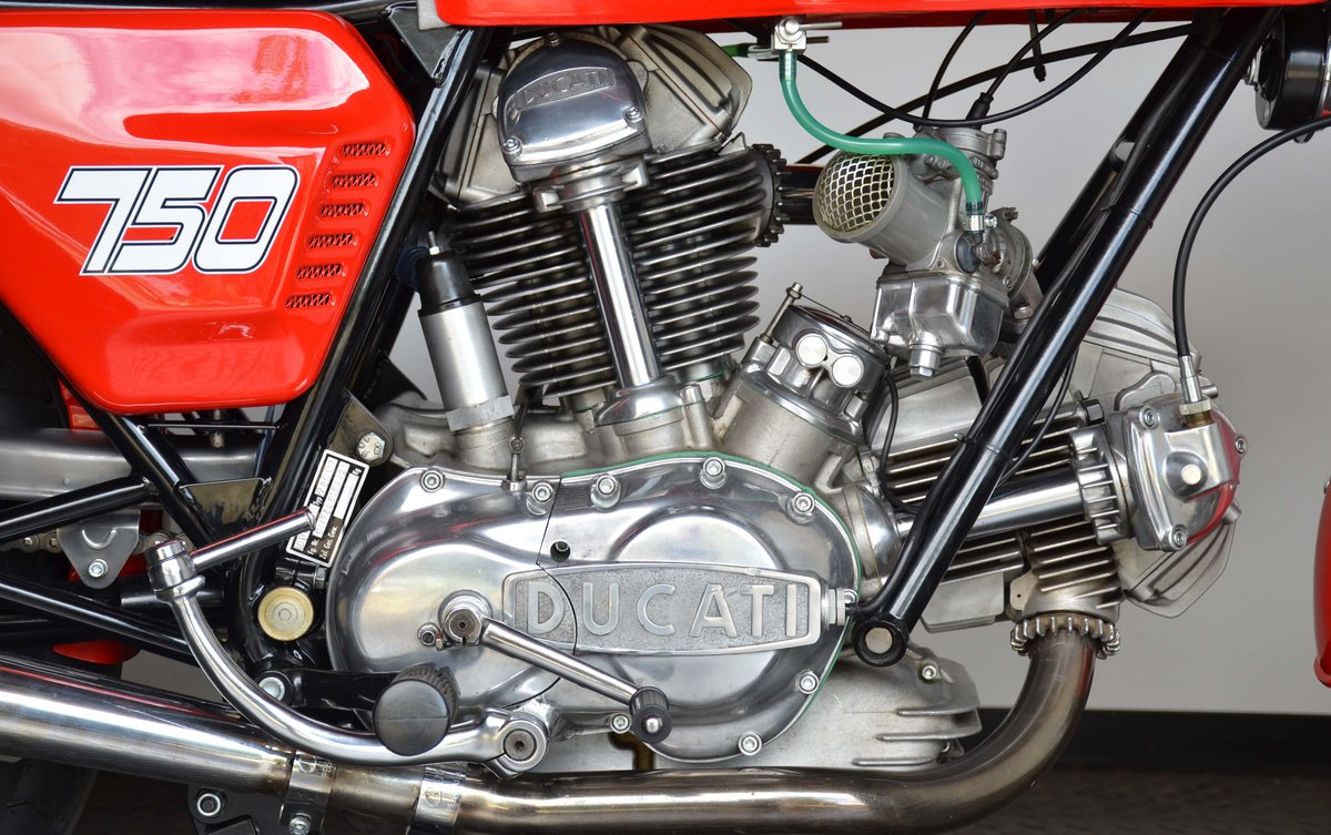1974 DUCATI • 750 GT For Sale (picture 5 of 10)