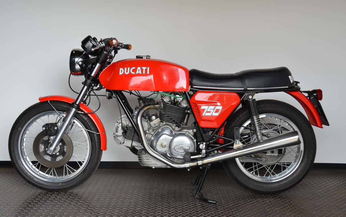 1974 DUCATI • 750 GT For Sale (picture 6 of 10)