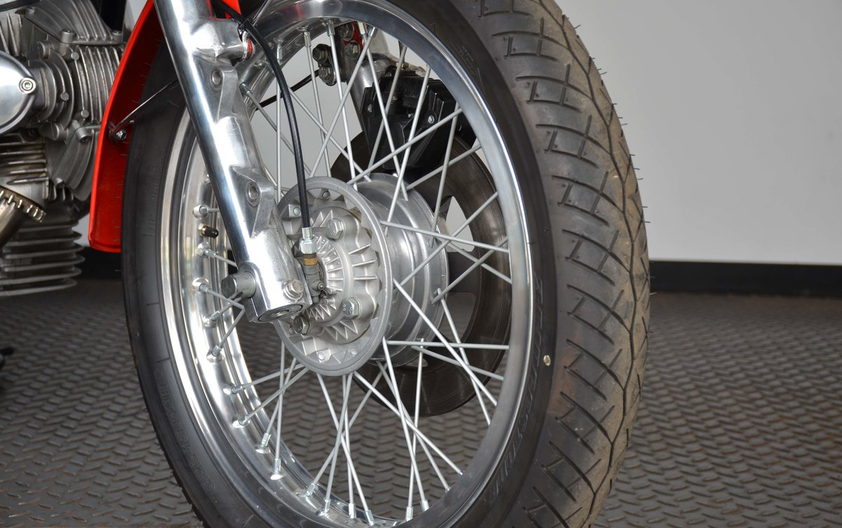 1974 DUCATI • 750 GT For Sale (picture 8 of 10)