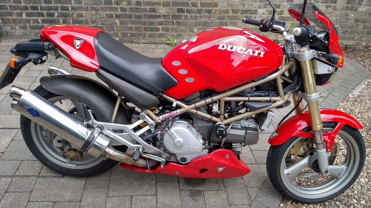 1997 Ducati Monster M750 Low  mileage, loads of extras For Sale (picture 1 of 6)