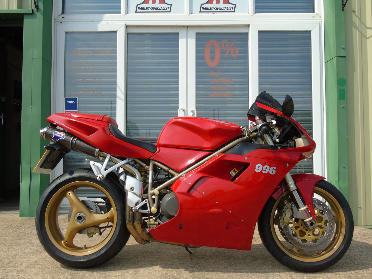 2000 Ducati 996 996cc Biposto Only 8,000 Miles Service History For Sale (picture 1 of 6)