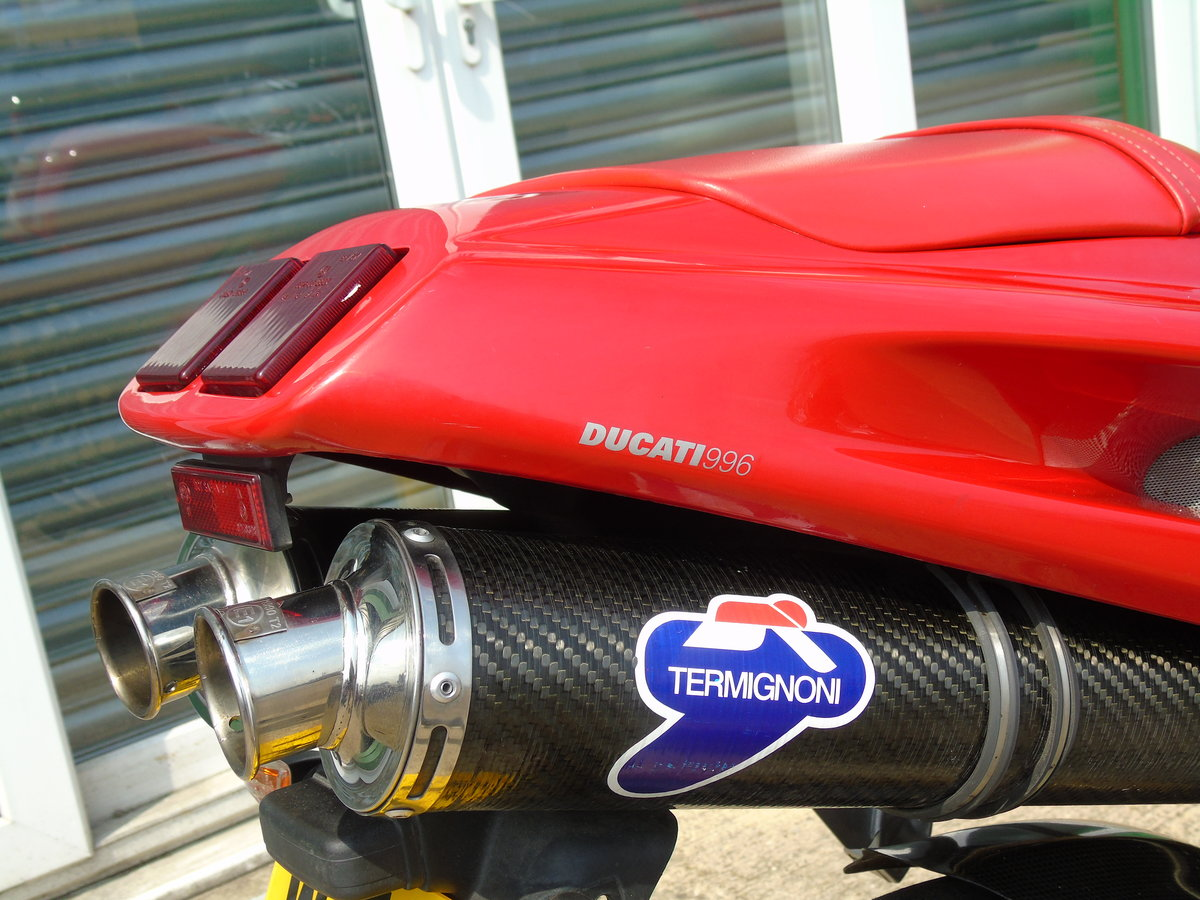 2000 Ducati 996 996cc Biposto Only 8,000 Miles Service History For Sale (picture 4 of 6)