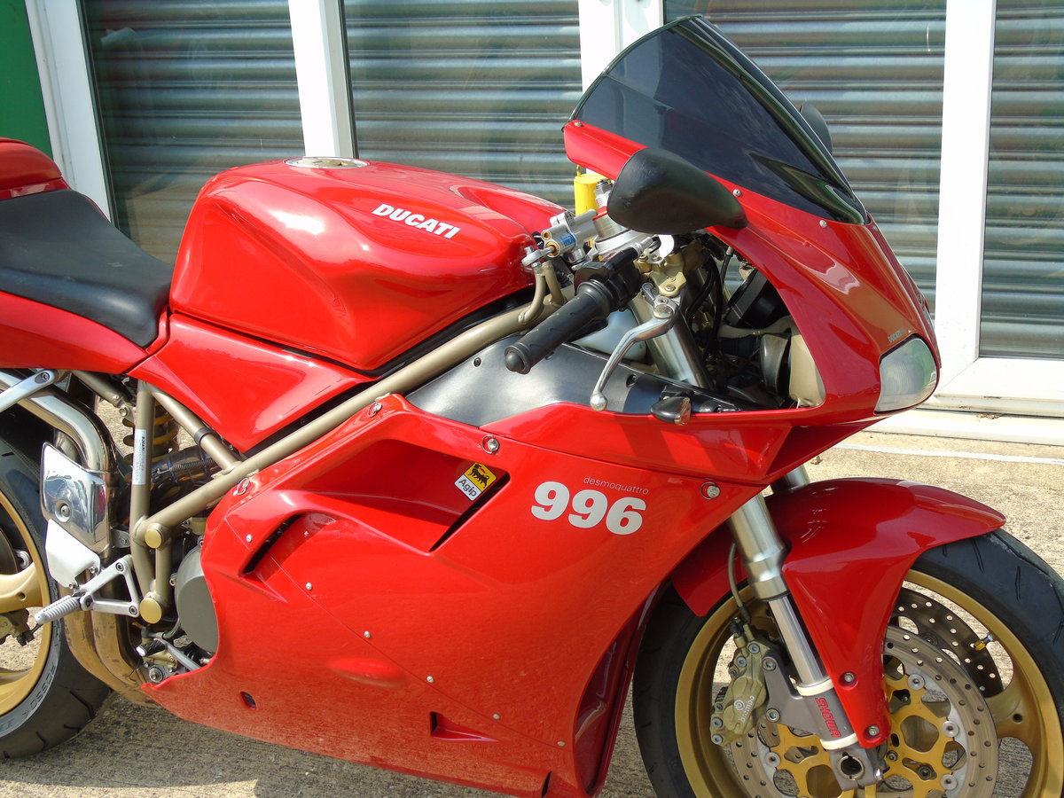 2000 Ducati 996 996cc Biposto Only 8,000 Miles Service History For Sale (picture 5 of 6)