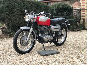 Picture of 1971 Ducati Desmo Sebring 350cc Single