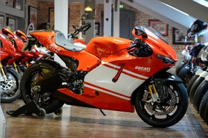 Picture of 2008 Ducati Desmosedici Team version, only 1400 miles