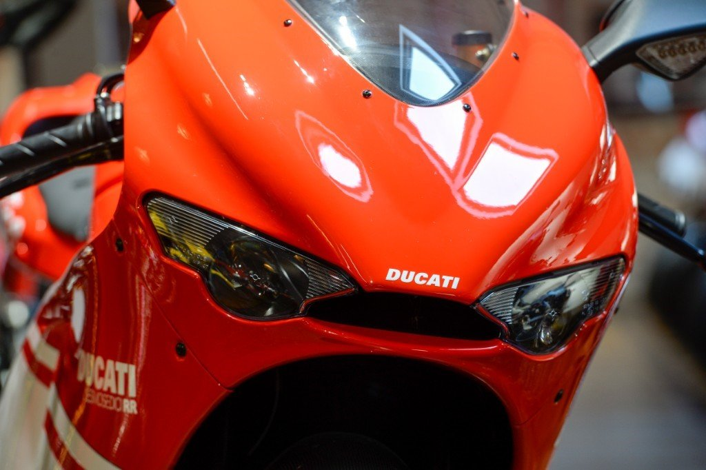 2008 Ducati Desmosedici Team version, only 1400 miles  For Sale (picture 5 of 6)