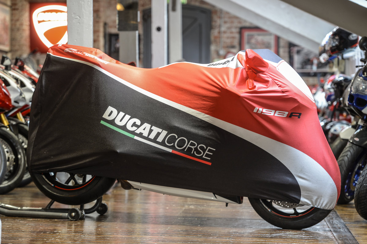 2010 Ducati 1198R Corse Extremely rare Example For Sale (picture 2 of 6)