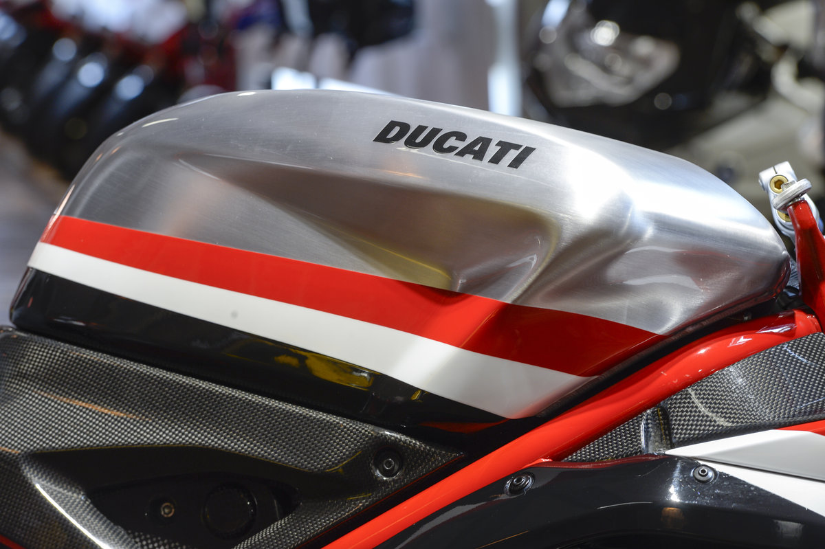 2010 Ducati 1198R Corse Extremely rare Example For Sale (picture 4 of 6)