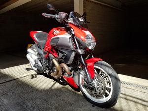 Ducati Diavel Stripe