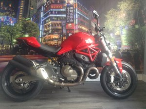 Picture of 2017 Ducati Monster 821