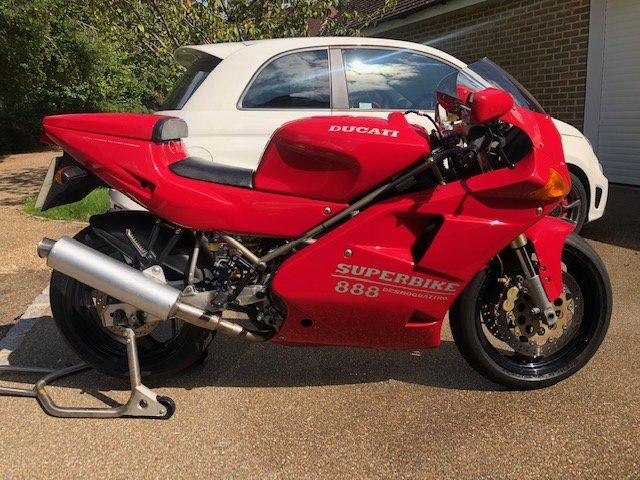 1994 Ducati 888 Strada  For Sale (picture 1 of 6)