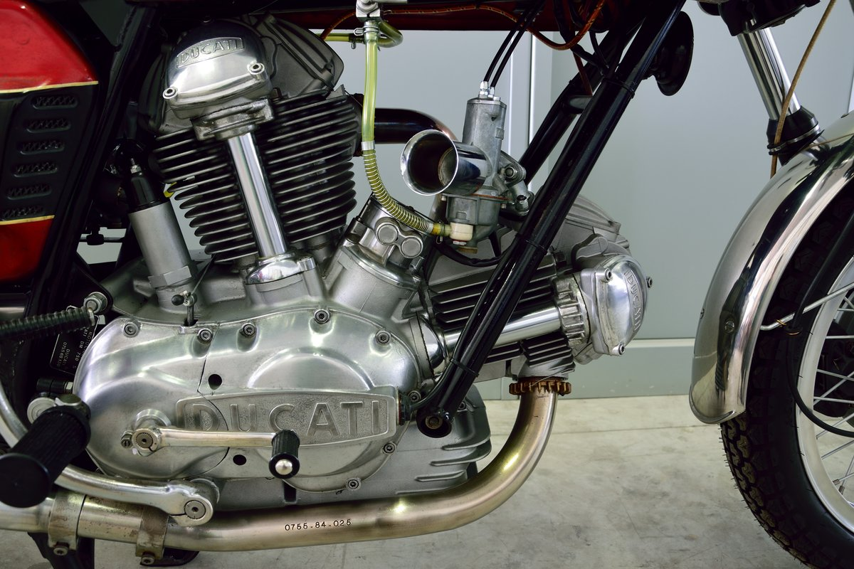 1973 Ducati 750 GT For Sale (picture 4 of 6)