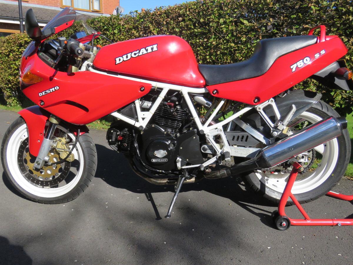 1991 Ducati 750SS - Timewarp bike, collectors item For Sale (picture 2 of 6)