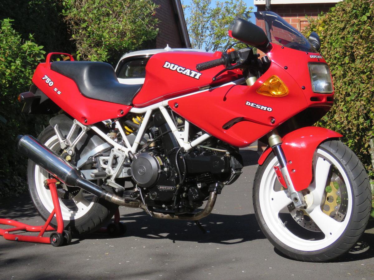 1991 Ducati 750SS - Timewarp bike, collectors item For Sale (picture 3 of 6)