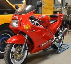 Picture of 1990 Ducati 851