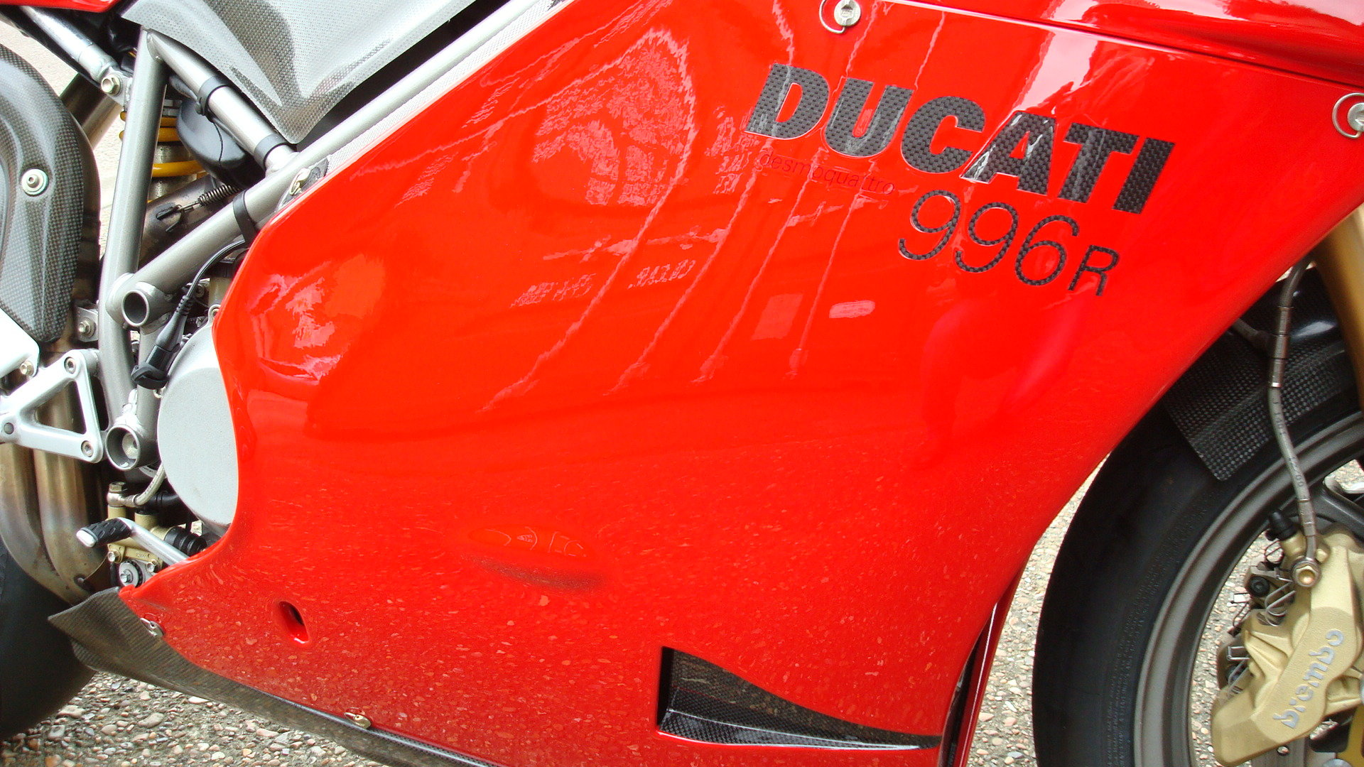 Ducati 996R 2001-Y **STUNNING,LOW MILES** For Sale (picture 3 of 6)