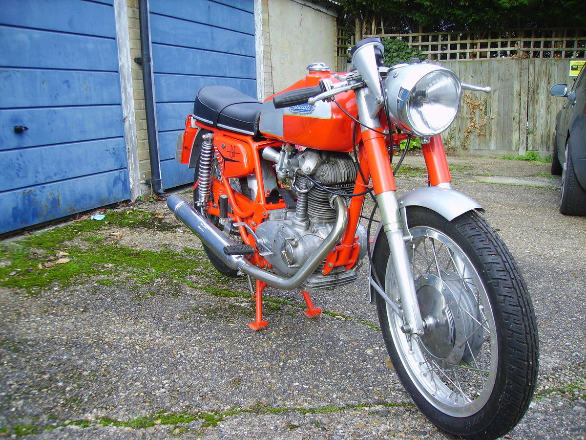 1968 Ducati 250 Mark 3 Twin Filler  For Sale (picture 5 of 6)
