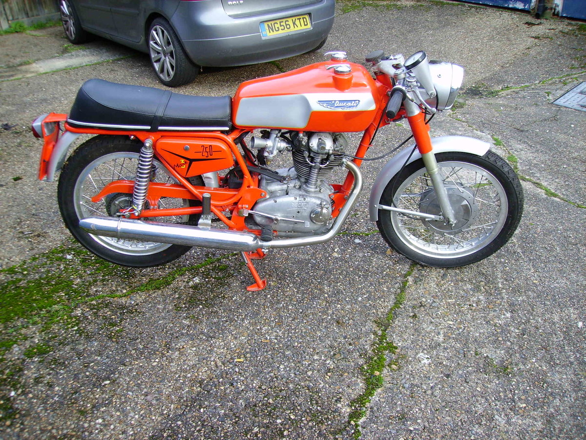 1968 Ducati 250 Mark 3 Twin Filler  For Sale (picture 6 of 6)