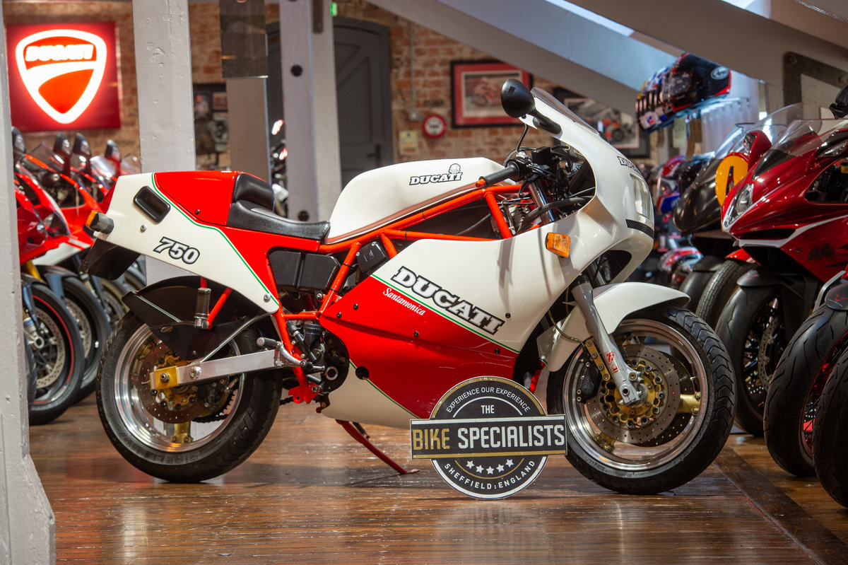 1998 Ducati F750 Santamonica One of only 204 Produced For Sale (picture 1 of 12)