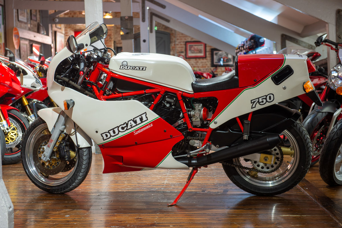 1998 Ducati F750 Santamonica One of only 204 Produced For Sale (picture 12 of 12)