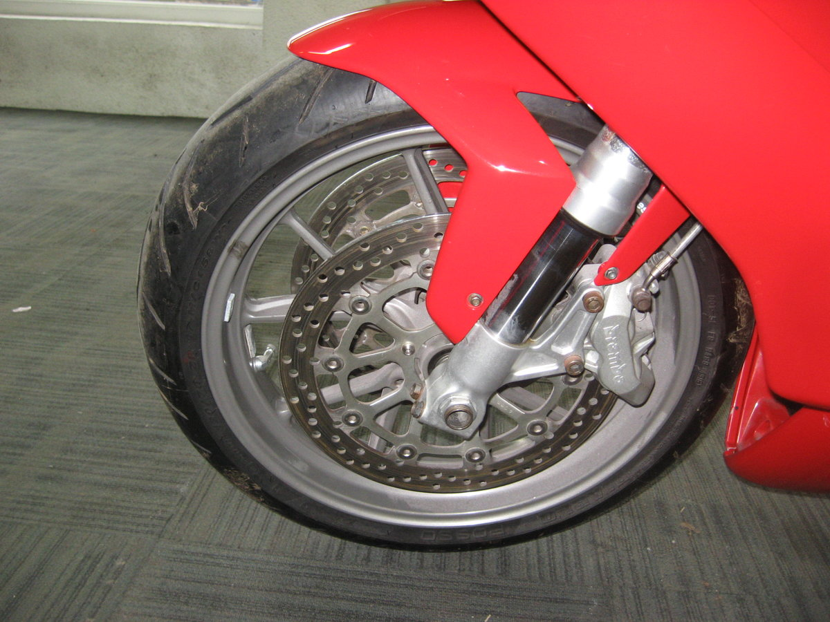 2004 04-reg Ducati 749 Bip finished in Ducati red For Sale (picture 12 of 12)