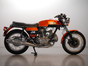 Picture of 1974 Stunnng restored 750GT Electric start. For Sale
