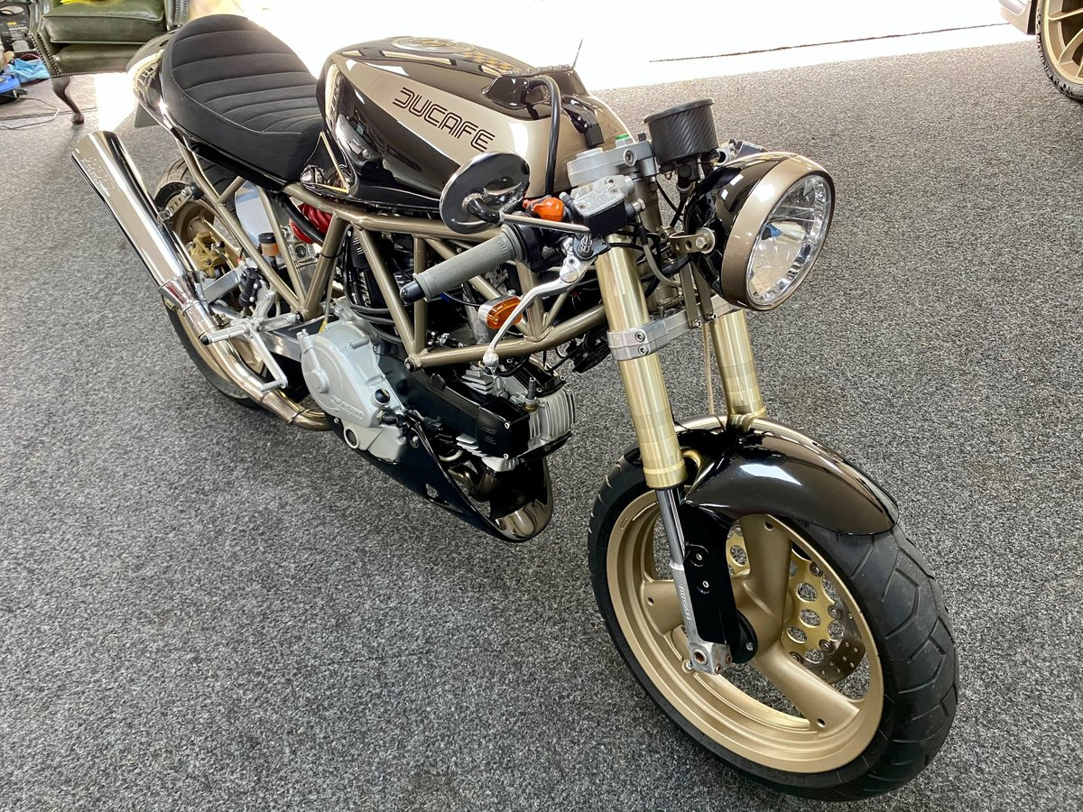 £5,995 : 1997 DUCATI 600 CAFE RACER For Sale (picture 5 of 12)