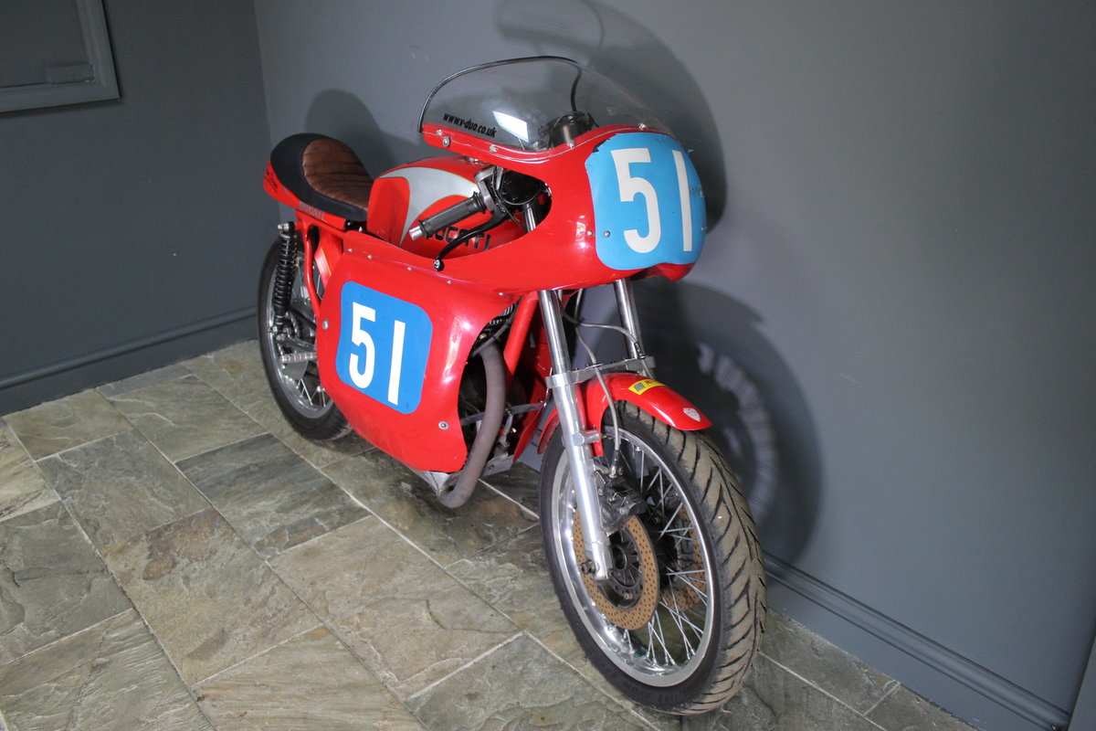 1970 Ducati Desmo 350 cc Racing Motorcycle Presents superbly For Sale (picture 3 of 4)