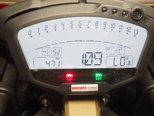 2010 Ducati 1098R in Germany For Sale (picture 5 of 6)