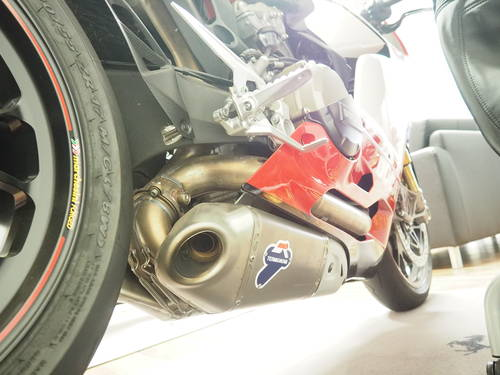 2012 Panigale 1199S Tricolore in Germany For Sale (picture 5 of 6)
