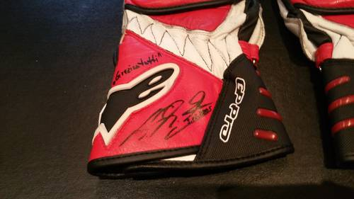 2005 Michael Schumacher Team Ducati gloves signed For Sale (picture 2 of 6)