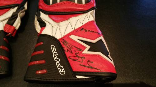 2005 Michael Schumacher Team Ducati gloves signed For Sale (picture 3 of 6)