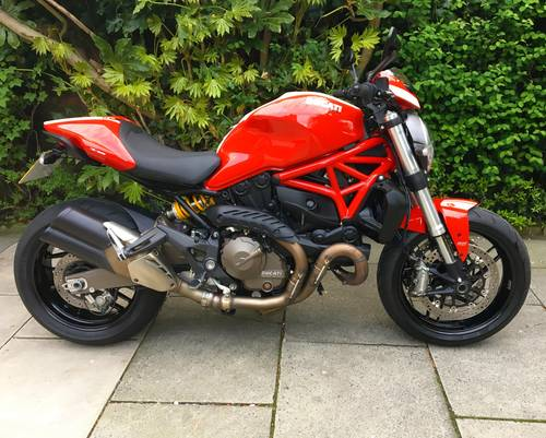 2015 Ducati Monster 821 Stripe, 1 Owner, 4600 miles, Exceptional SOLD (picture 1 of 6)