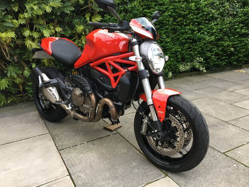 2015 Ducati Monster 821 Stripe, 1 Owner, 4600 miles, Exceptional SOLD (picture 3 of 6)