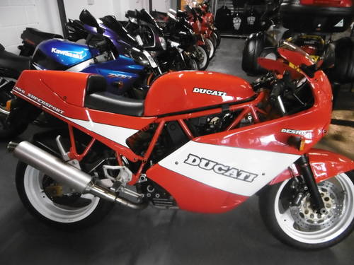 Ducati 900ss 11k miles as new First model 1989/1990 SOLD (picture 1 of 6)