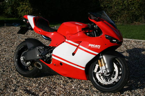 2010 Ducati Desmosedici RR Now Sold, More Interesting Bikes  Wanted (picture 1 of 6)