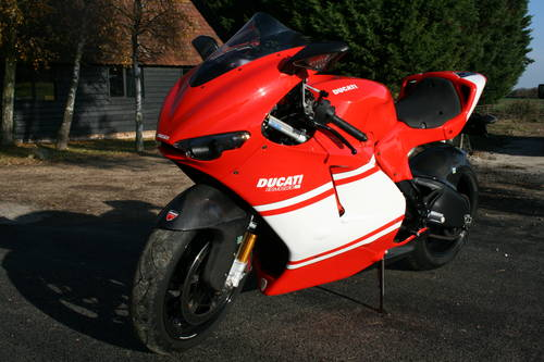 2010 Ducati Desmosedici RR Now Sold, More Interesting Bikes  Wanted (picture 6 of 6)